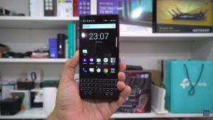 مراجعة لهاتف Blackberry Key2 الاستخدام. 1-52-300x169.png