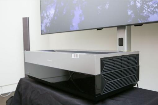 100 inch laser tv 2