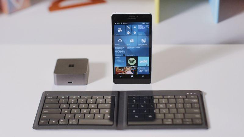 مايكروسوفت تخطط لتحويل الهاتف إلى جهاز حاسب متكامل