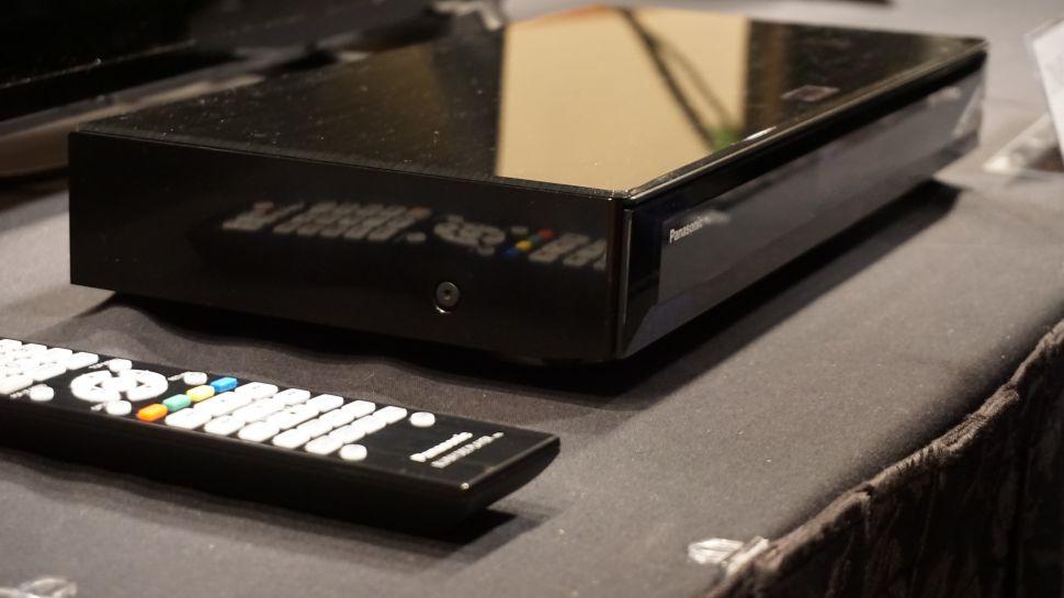 Panasonic DMP-UB900 Ultra-HD Blu-ray player_1-970-80