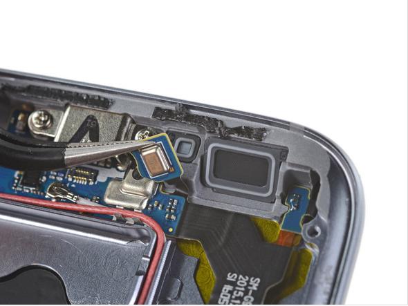 Samsung Galaxy S7 Teardown 14