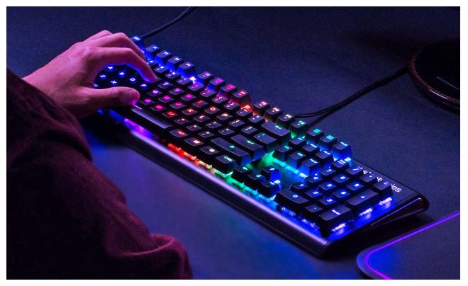 Apex M570 لوحة مفاتيح جديدة من SteelSeries