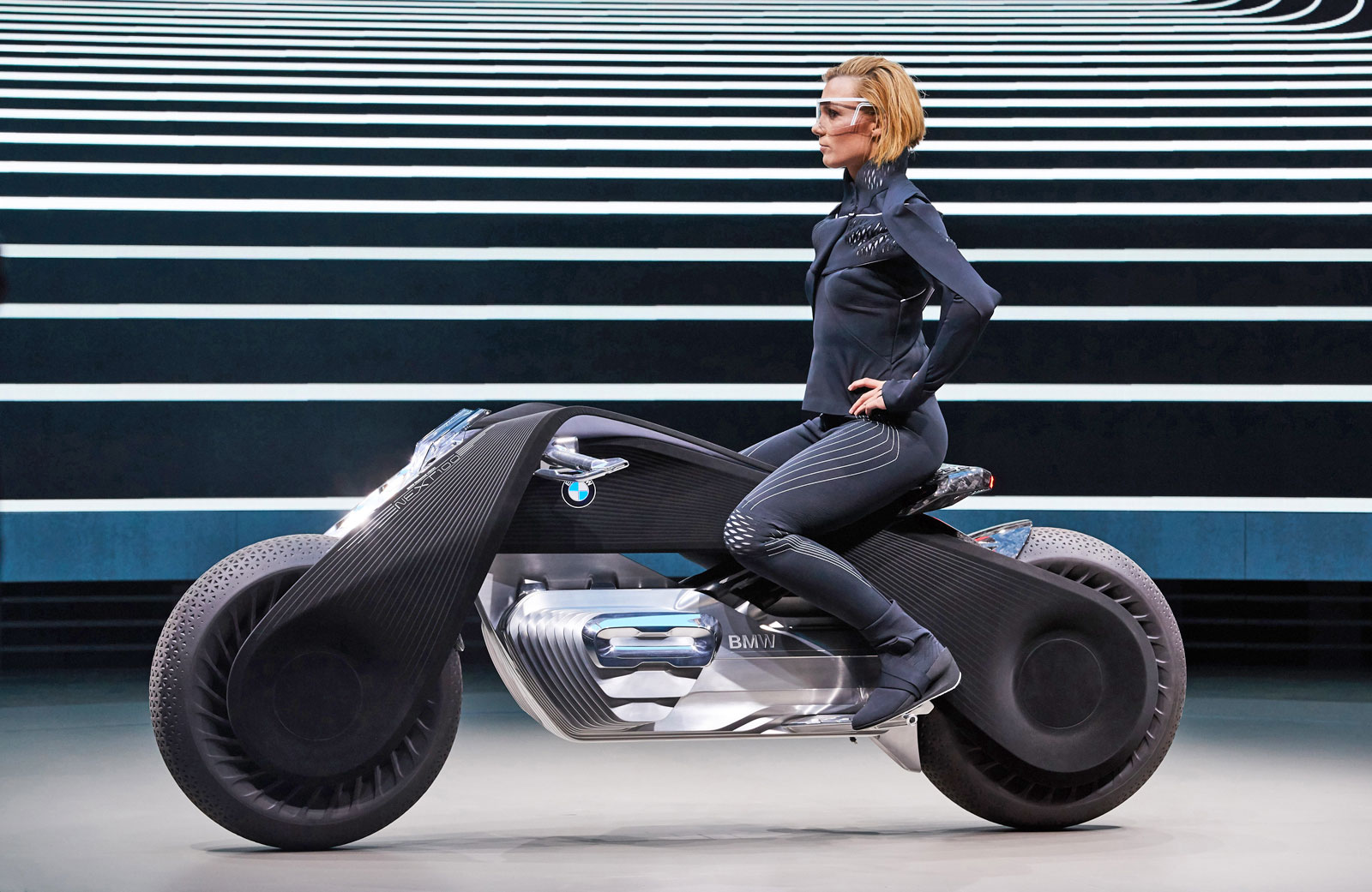bmw-motorrad-next-100