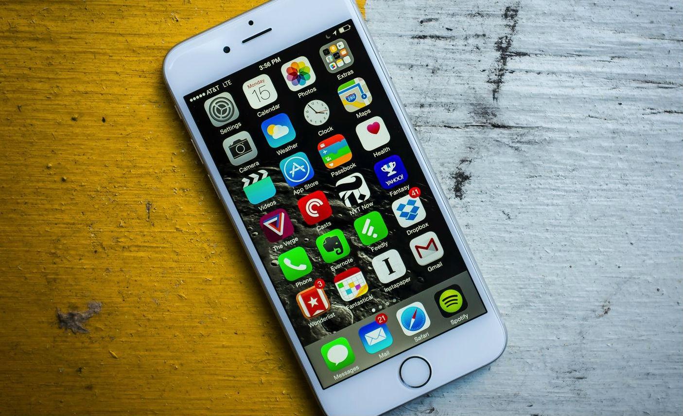 اخبار الامارات العاجلة iPhone-2-660x330 فيديو يكشف عن ثغرة تؤدي إلى تجميد كامل لهاتف الأيفون أخبار التقنية  آيفون reddit mp4 iphone ios 10.2 ios 10.1 imessage   اخبار الامارات العاجلة iPhone-2 فيديو يكشف عن ثغرة تؤدي إلى تجميد كامل لهاتف الأيفون أخبار التقنية  آيفون reddit mp4 iphone ios 10.2 ios 10.1 imessage