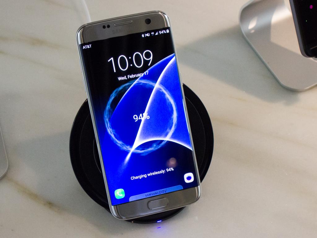 s7-edge-wireless-charging2