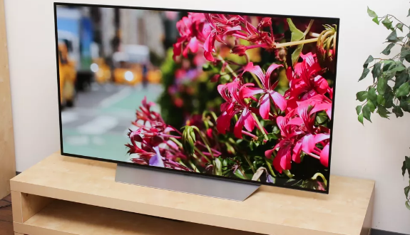 LG OLED TV hits price low for 2017 model: 55-inch now $2,300