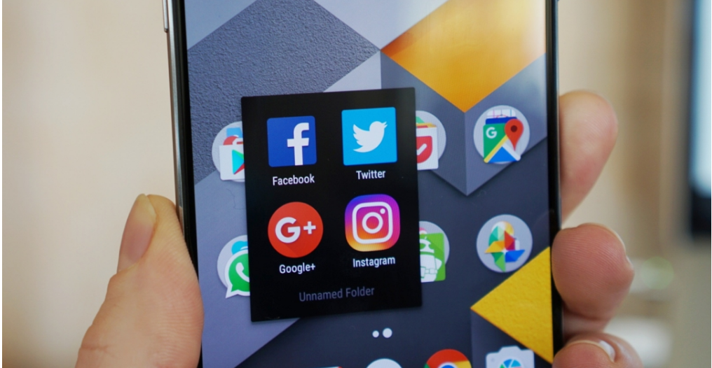 Android users spent nearly 325 billion hours in apps