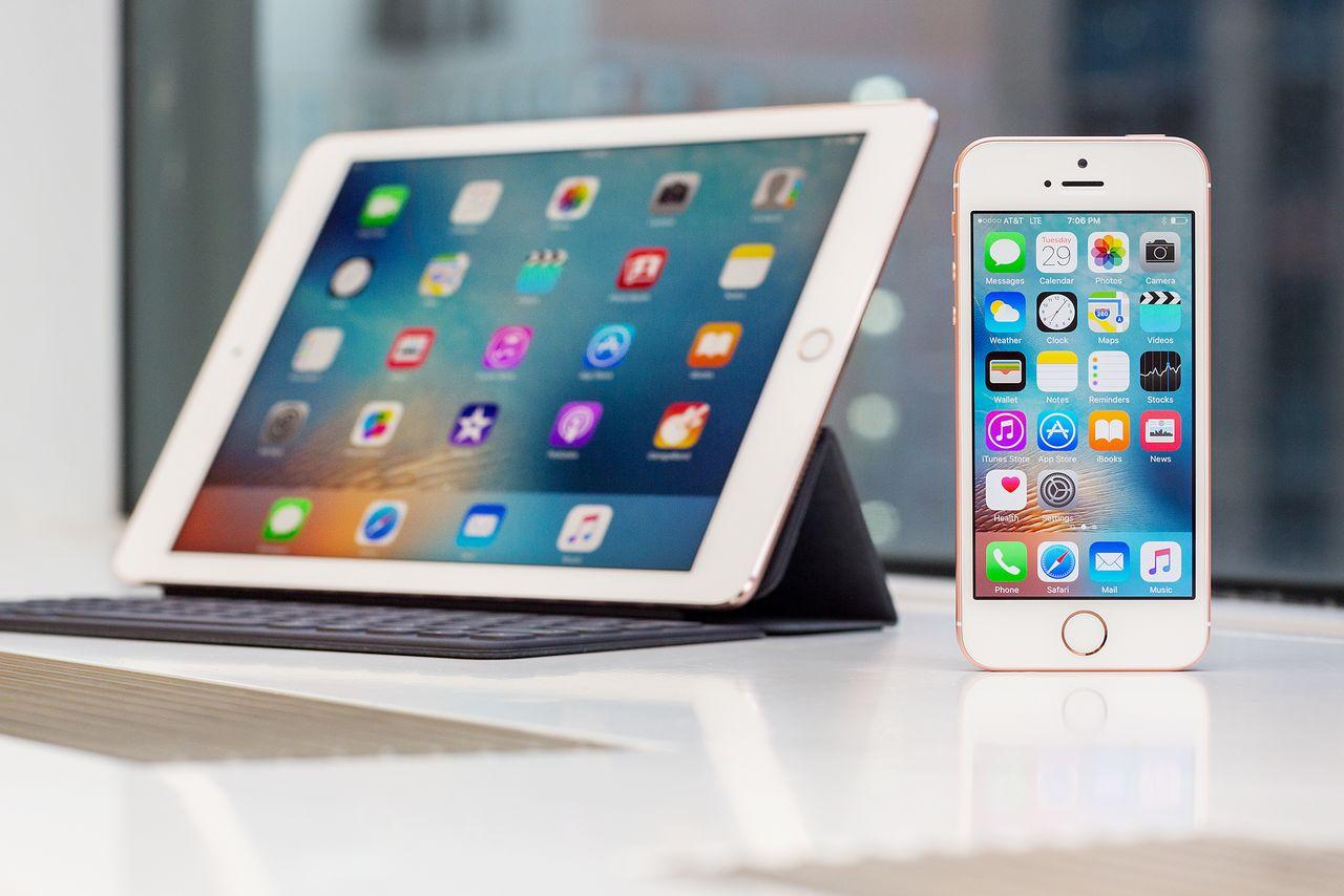 Apple-code- iPhone apps