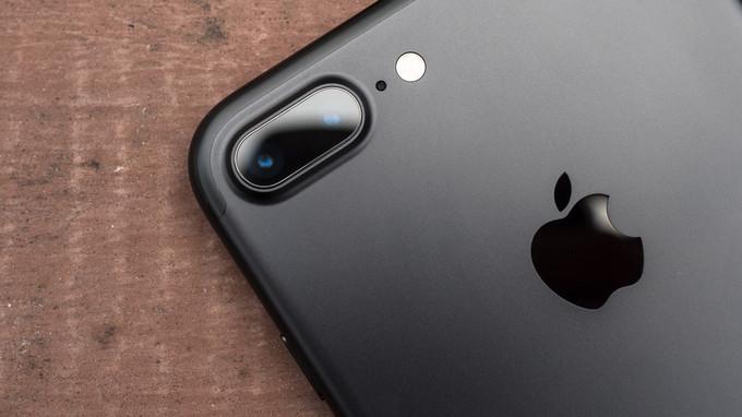 Apple iPhone 7 Plus cam