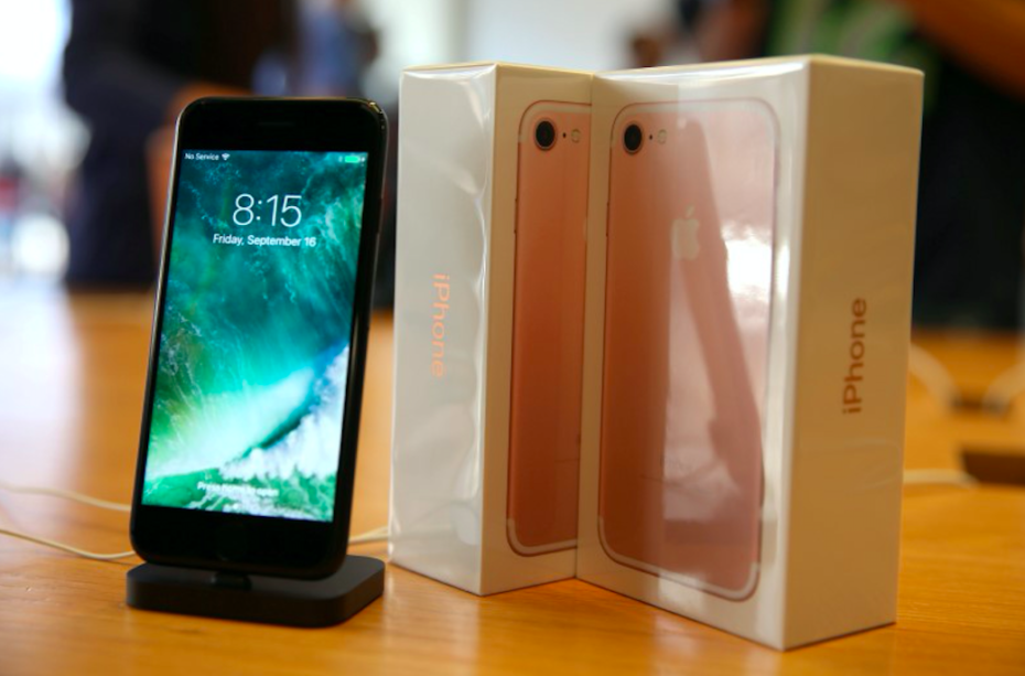 apple-iphone-sales