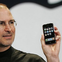 Apple-iPhone-turns-6-today