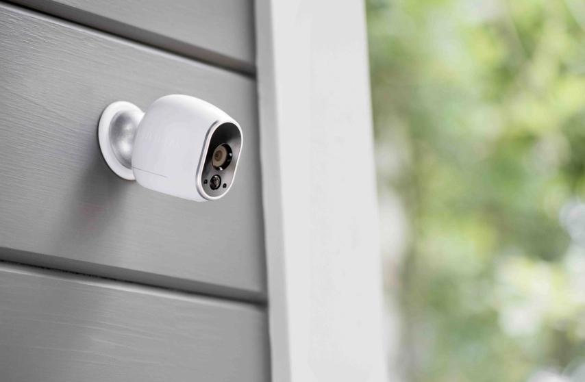 Arlo - 4K wireless -security- camera