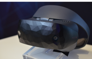 Asus' Windows Mixed Reality headset