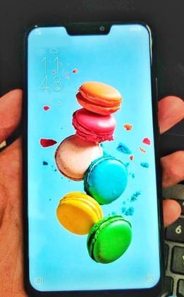 تسريب صورة جديدة تؤكد  أن تصميم Asus ZenFone 5 سيأتي مشابهة لتصميم iPhone X