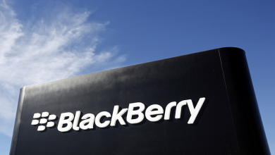 BlackBerry-receives-patent-for-a-new-camera-design