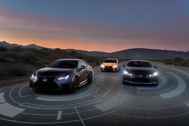 Lexus تعمل على جعل نظام الأمان الخاص بها ميزة قياسية لسيارات 2020