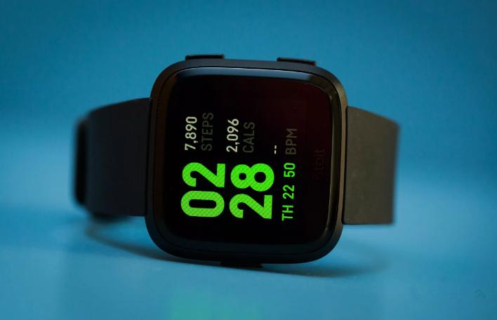 Fitbit تدفع تحديث لبرمجيات الساعات الذكية Versa وIonic