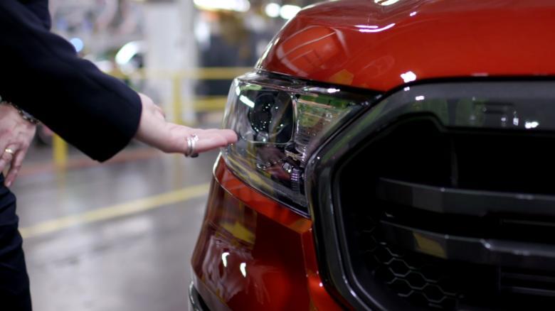 Ford تبدأ في إعادة تدوير نفايات القهوة من McDonald وتحويلها إلى قطع غيار للسيارات Ford-is-recycling-Mc