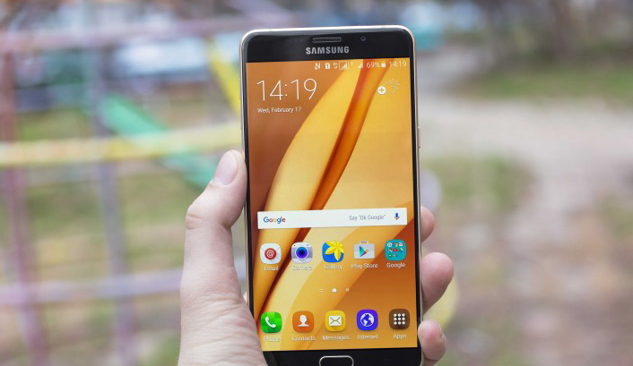 بدء إطلاق تحديث Android Oreo 80 لهواتف Galaxy A9 Pro لعام 2016