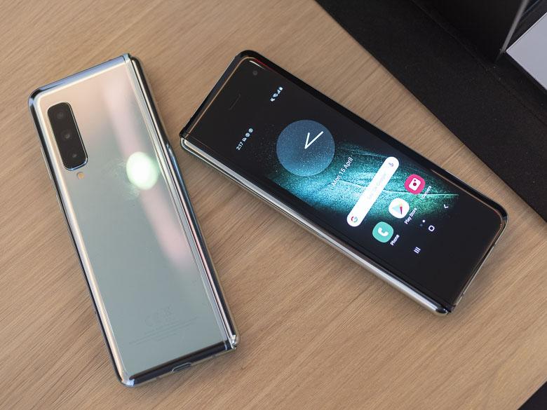 تقرير يؤكد إنتهاء سامسونج من إختبارات هاتف Galaxy Fold إستعدادا لإطلاق الهاتف