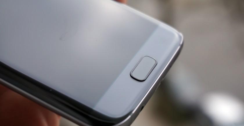 Galaxy-S7-Edge-home