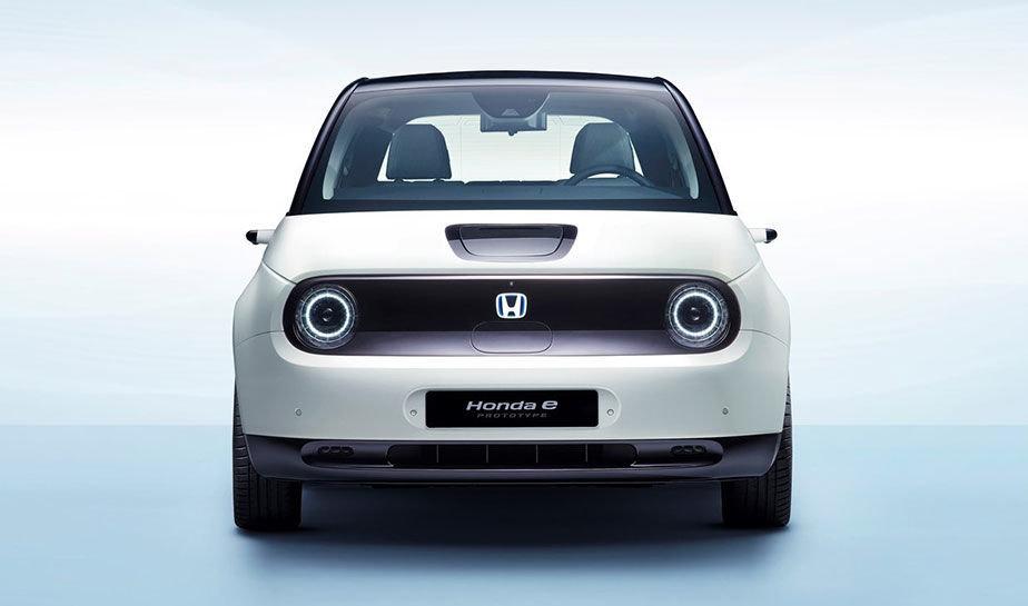 هوندا تستعرض مزيد من التفاصيل حول سيارتها الكهربائية Honda E