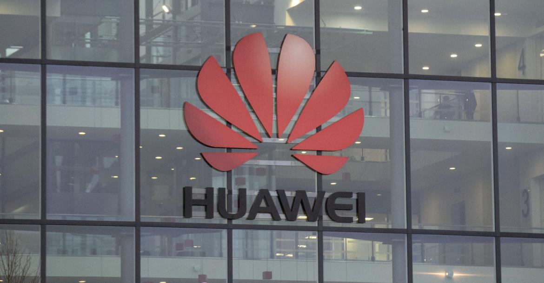 تقرير يشير إلى أن هواوي ستقدم هواتف Mate 30 دون متجر بلاي وتطبيقات جوجل