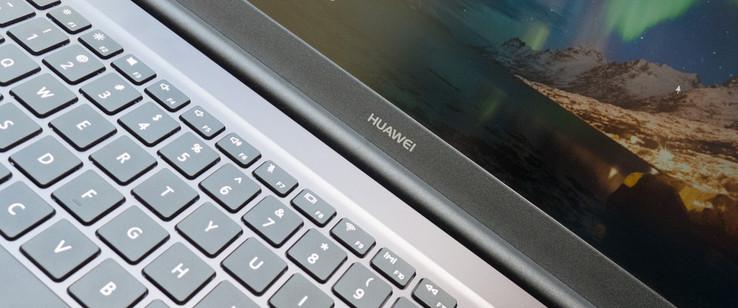 Huawei-MateBook-D