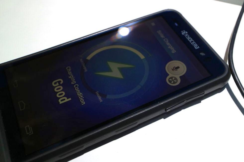 Kyocera - solar-powered -smartphone