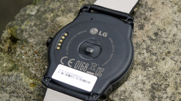 LG G watch R review (7)-580-90
