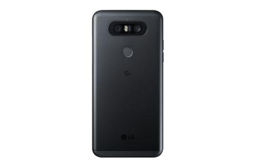 LG Q8 1