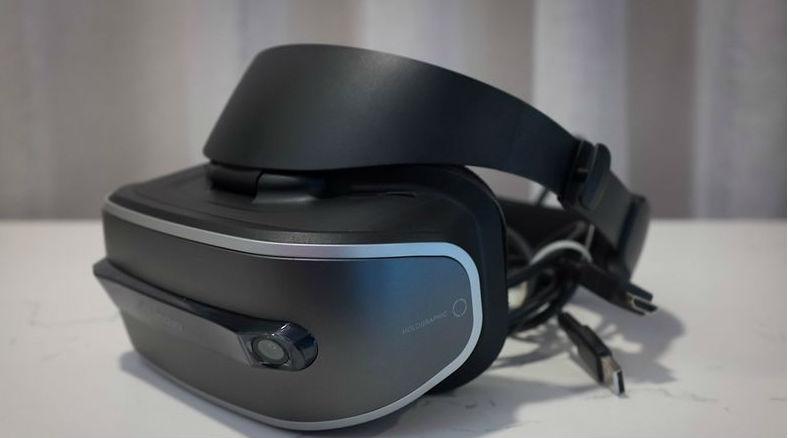 Lenovo- VR headset
