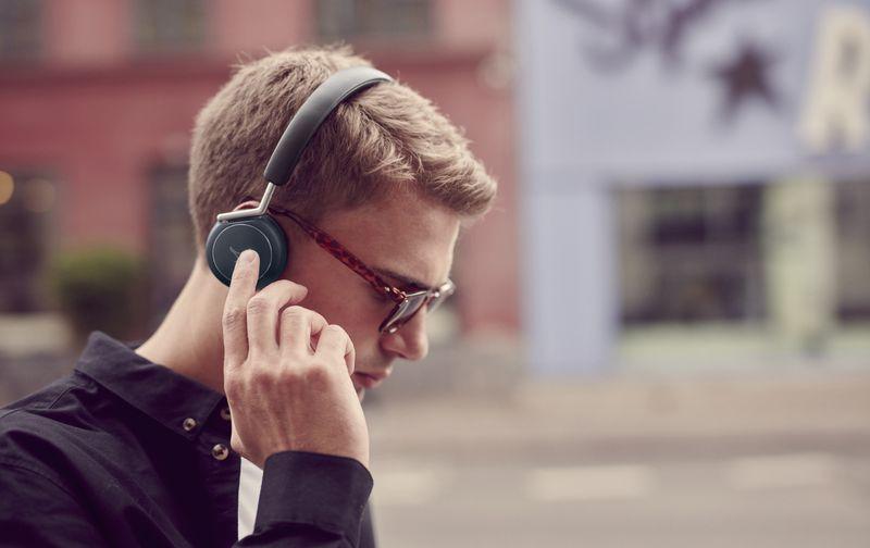 Libra headphones