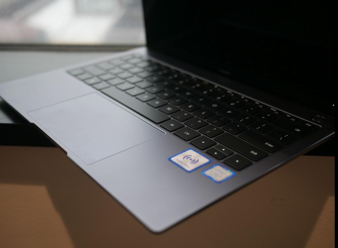 هواوي تكشف جهاز الحاسب المحمول MateBook-X-Pro.png