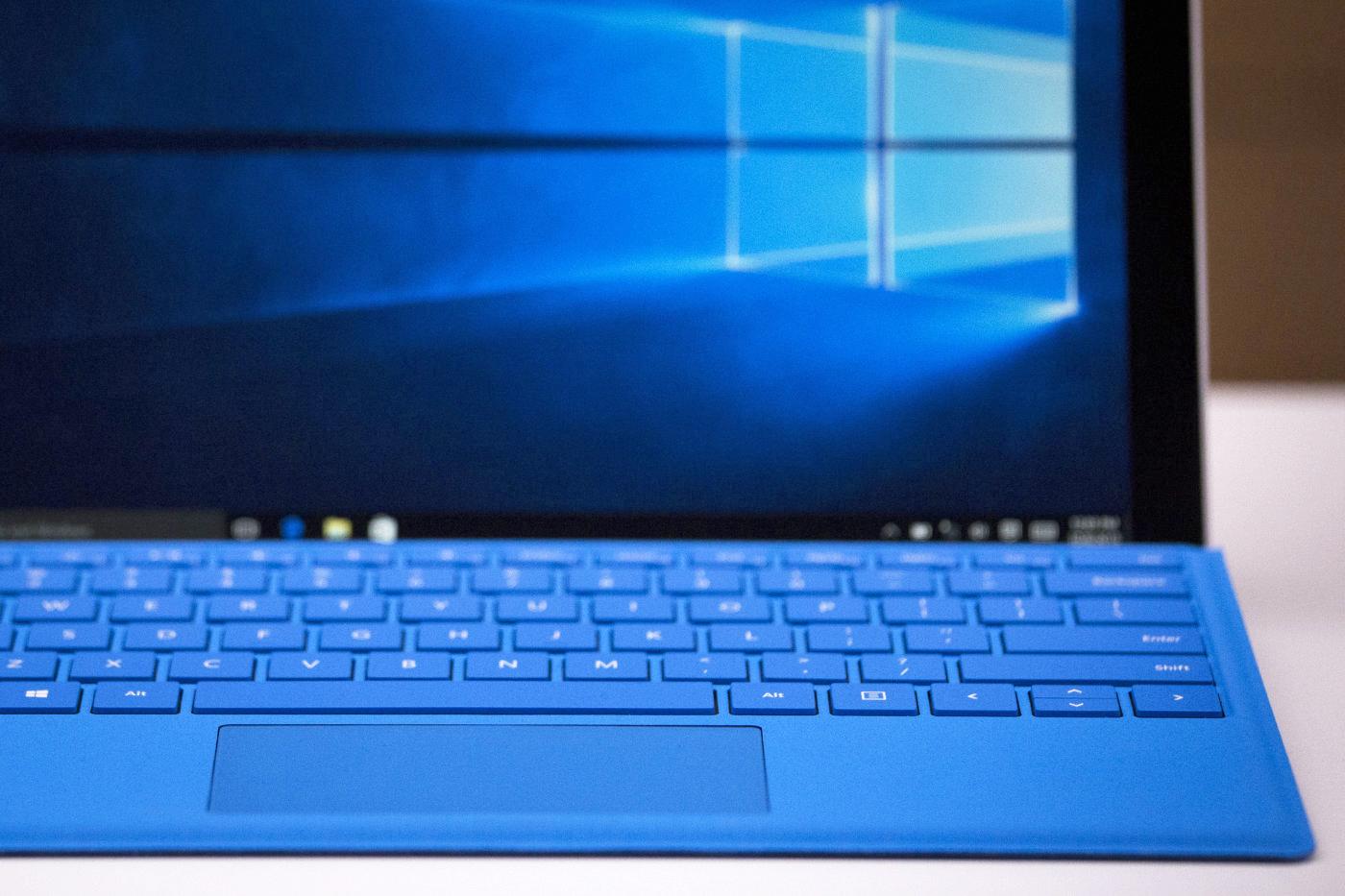 Microsoft app logs you into Windows 10
