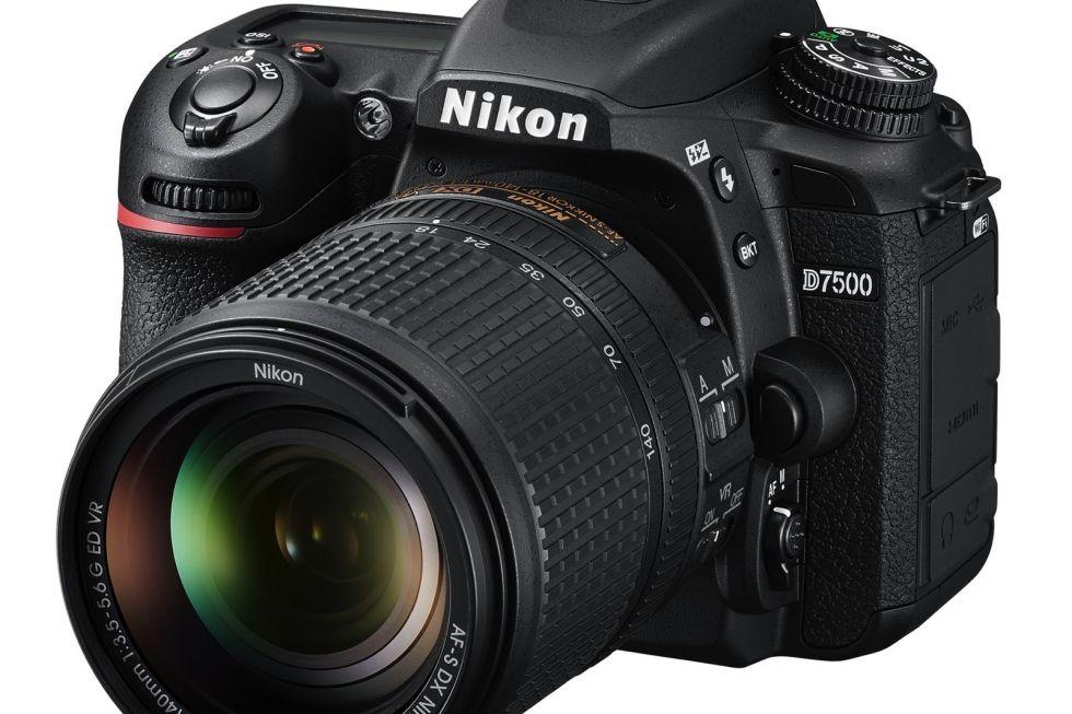 Nikon's D7500 DSLR 2