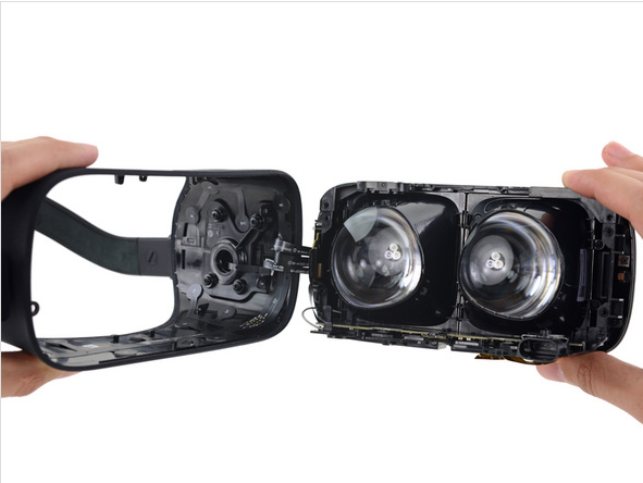 Oculus Rift CV1 Teardown 14