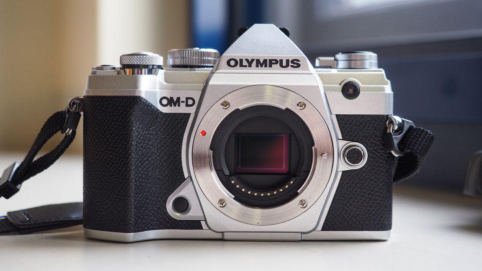 Olympus تنافس كاميرة Nikon Z50 بإصدارها الجديد M5 Mark III