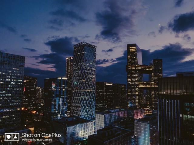 أول تجربة للتصوير بهاتف OnePlus 6T في الإضاءة المنخفضة