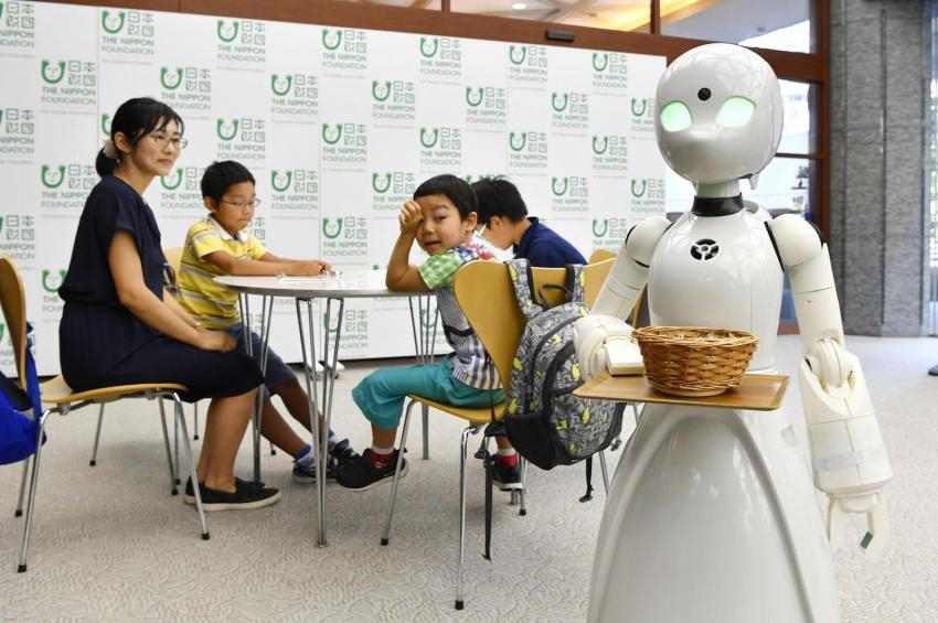 OriHime-D-robot