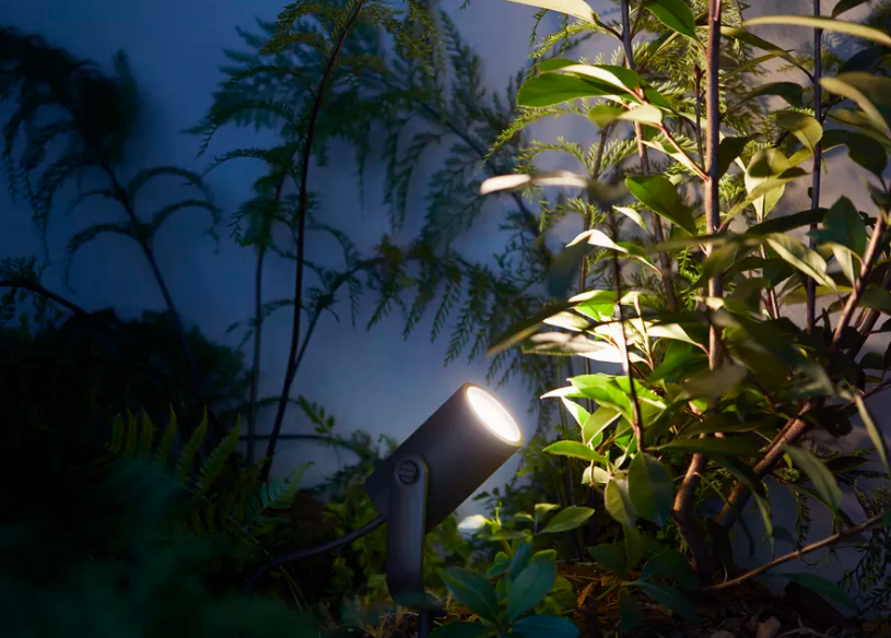 Philips_Hue_outdoor_Lily_spot