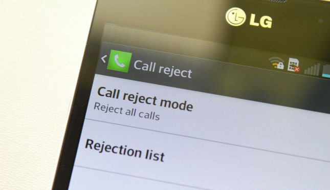 Reject calls on android phones