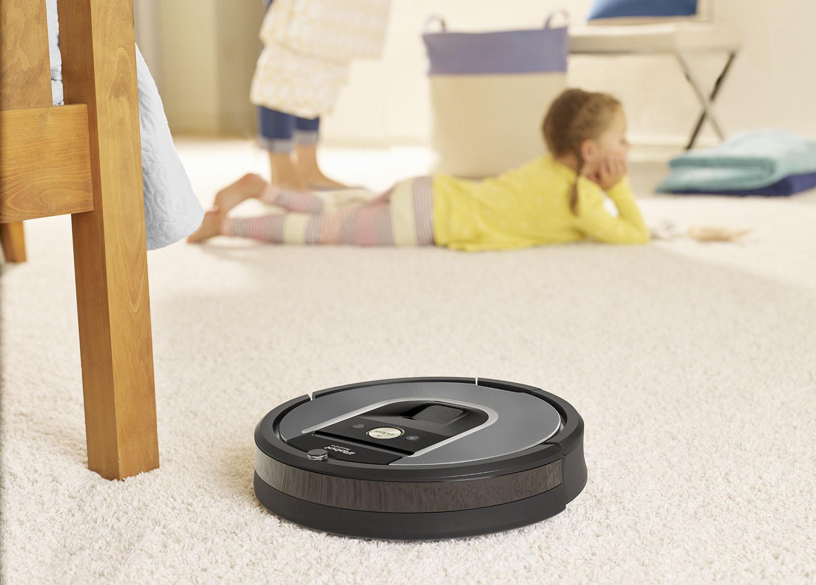 Roomba 960- robot vacuum