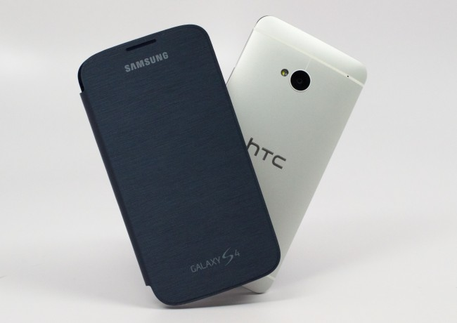 Samsung-Galaxy-S4-vs.-HTC-One-001