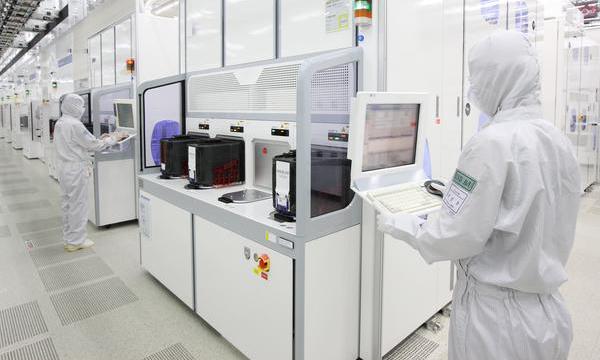 سامسونج تبدأ إنتاج رقاقة 7LPP بتقنية تصنيع EUV