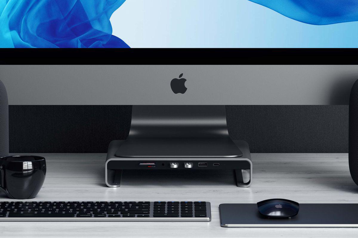 Satechi- USB-C hub