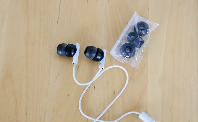 stereo-headphones