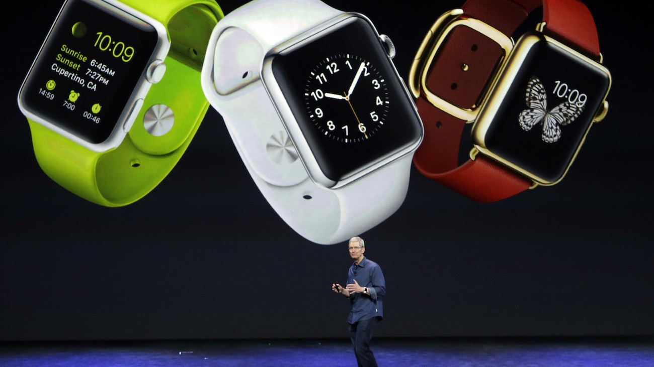 Tim-Cook-Apple-Watches
