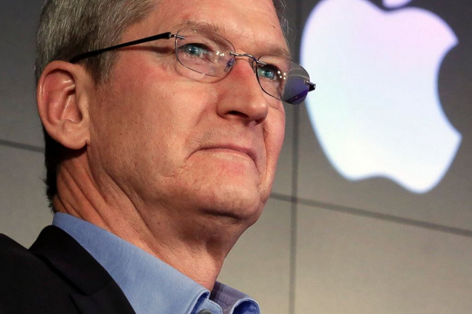 Tim-Cook-says-iOS-will-not-merge-with-Mac-OS
