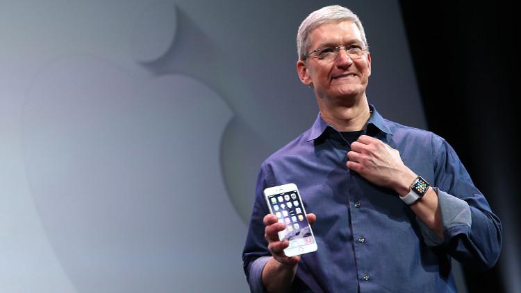 TimCook-iPhone6